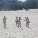 Codziennie na plaży graliśmy w piłkę, bo przecież sport to zdrowie.