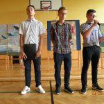 Występ chłopców